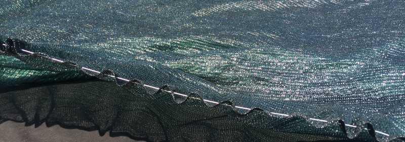 крепление затеняющей сетки тросом